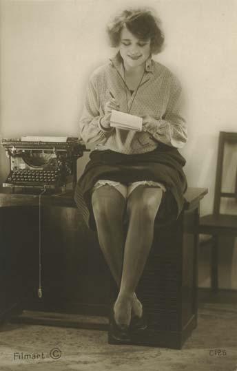 Typewriter Erotica (©typewritermuseum.org/Typistries collection)