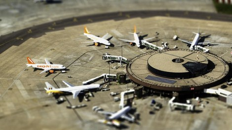 Tilt-Shift Foto vom Gatwick Airport, London