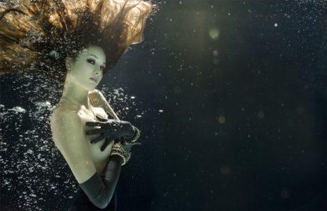 Unterwasserfoto von Zena Holloway (5)