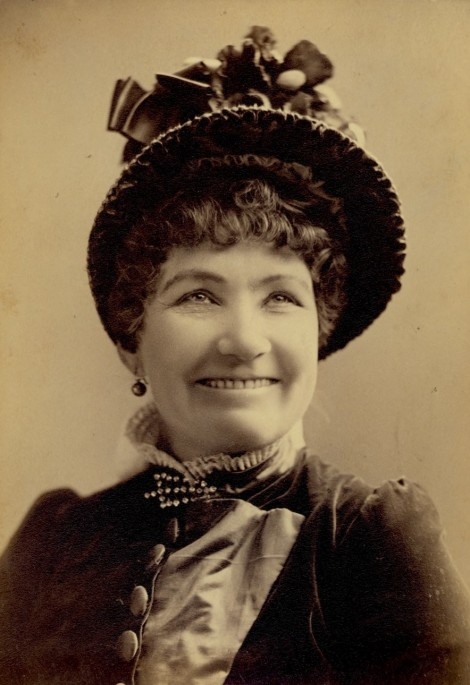 Vintage Smiling Lady