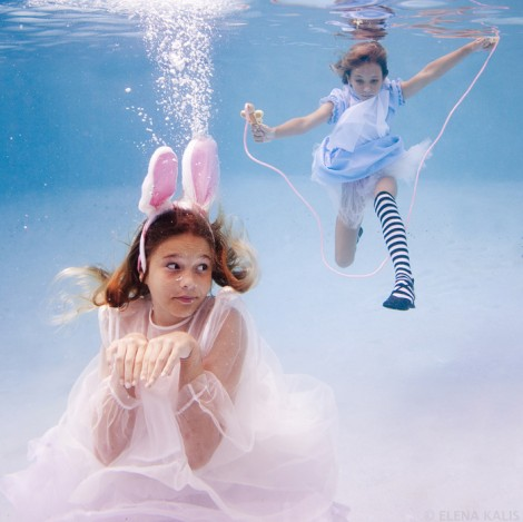 Alice in Waterland (2)