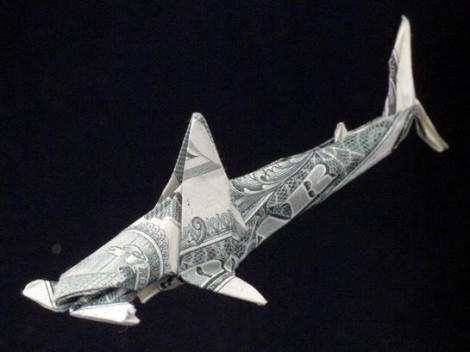 """Hammerhai aus einer """"1 Dollar""""-Note"""