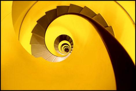 Warm und einladend, dieses Treppengebilde